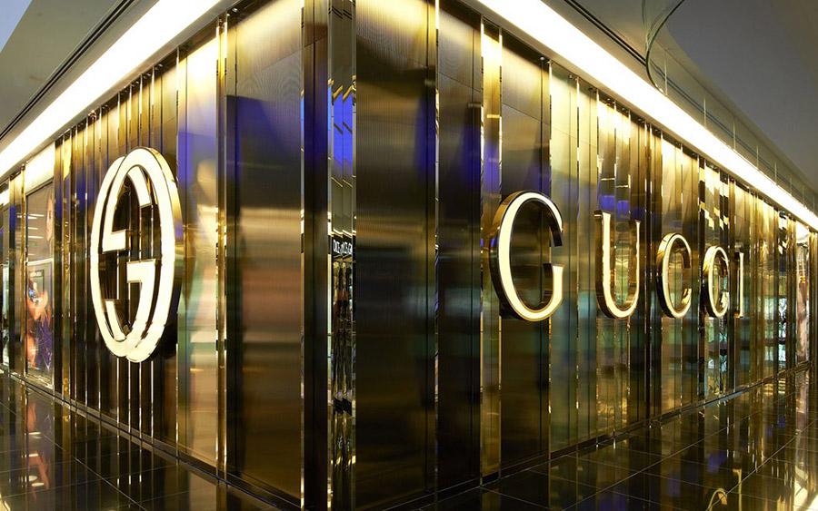 gucci_facade_900x563